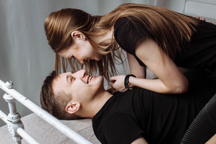 couple-cute-fashion-326582
